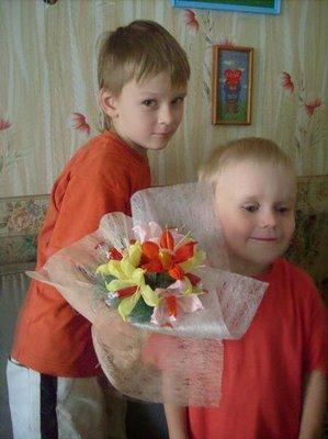 А это готовый букетик из 7 конфет-цветков :  - Изображение 055.jpg