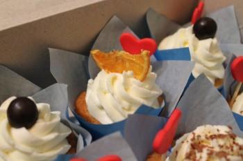 Капкейки,кейкпопсы,трайфлы,торты на любой праздник  - IMG_3335.JPG