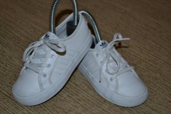 Качественный секонд и сток одежды и обуви Недорого  - Адидас 16см 700р.jpg